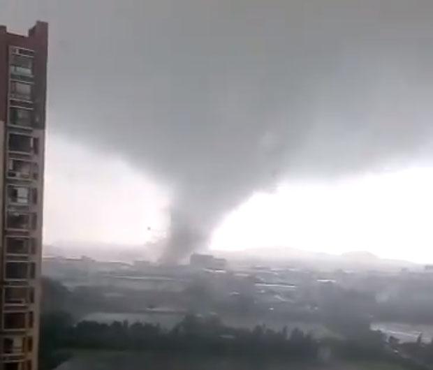 video tifone cina hong kong