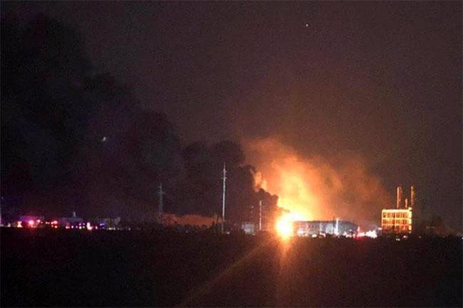 Esplosione-in-un-impianto-chimico-in-Cina