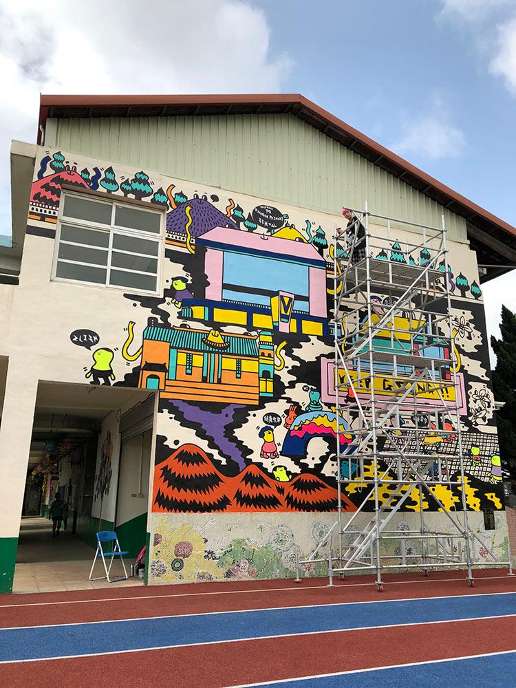 Fashion Designer Mural Artist Zoie Lam 3