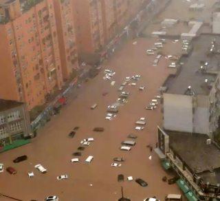 Almeno 33 morti in seguito alle inondazioni in Cina