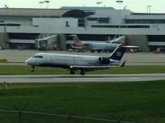 CVG Air Wisconsin CRJ-200 N463AW