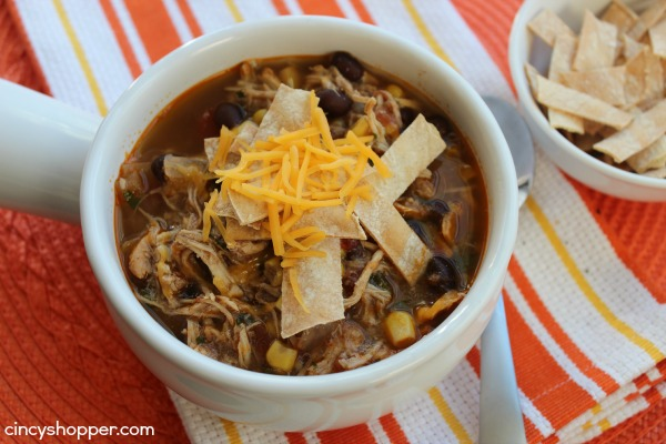 Slow-Cooker-Chicken-Tortilla-Soup-2