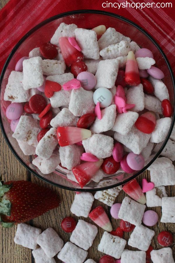 Valentine-Muddy-Buddies