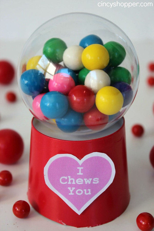 DIY Valentine Gumball Machine- A fun, easy and inexpensive Valentine Idea. Free Printable too!