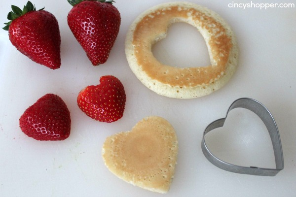 Heart Pancake Skewers- Super simple breakfast idea. Perfect for Valentine's Day or even Mother's Day breakfast.