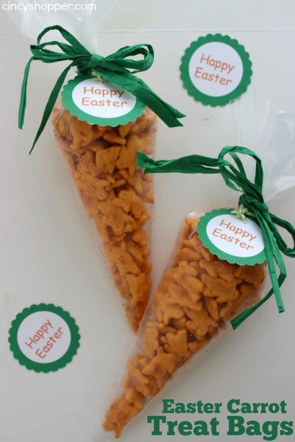 Easter Carrot Treat Bags with FREE Printable Tag- Filled with Annie's Homegrown Cheddar Bunnies. Great non-candy Easter treat idea. Perfect for baskets or for classroom treats.