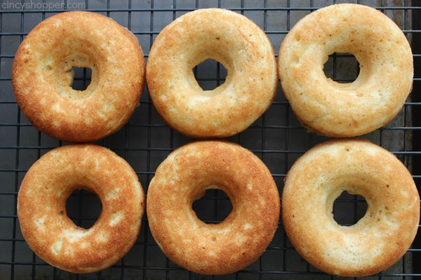 Caramel Apple Donuts - Easy and delish donut idea for fall. Great for breakfast or dessert.