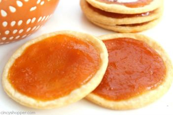 Easy Pumpkin Pie Cookies -Pumpkin Pie in the form of a cookie. Fall is all about the Pumpkin and these cookies deliver.