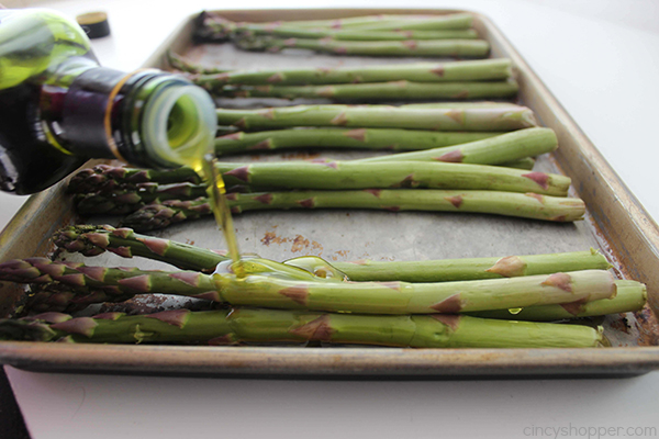 Bacon Wrapped Asparagus - always make for a perfect side dish. You will find them super easy to make and the flavor is AMAZING!