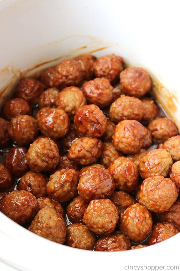 Slow Cooker Honey Garlic Meatballs- great as an appetizer for party food or use them for a main dish too.
