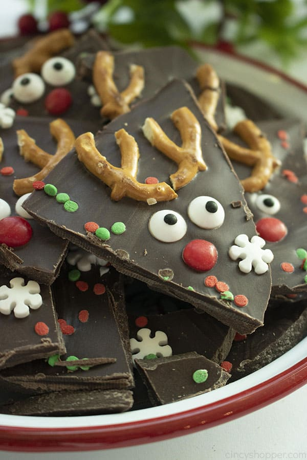 Easy Christmas Reindeer Bark