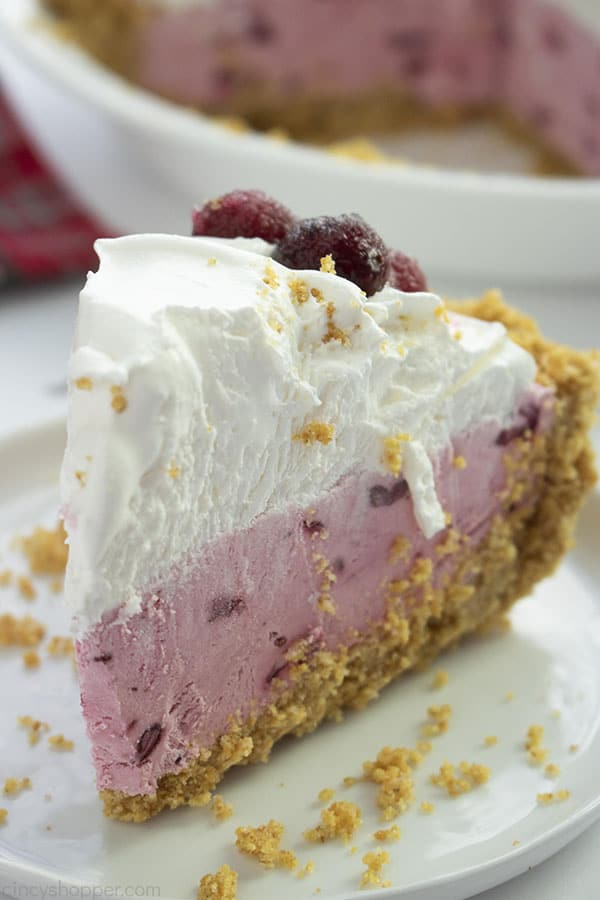 No Bake Cranberry Cream Pie