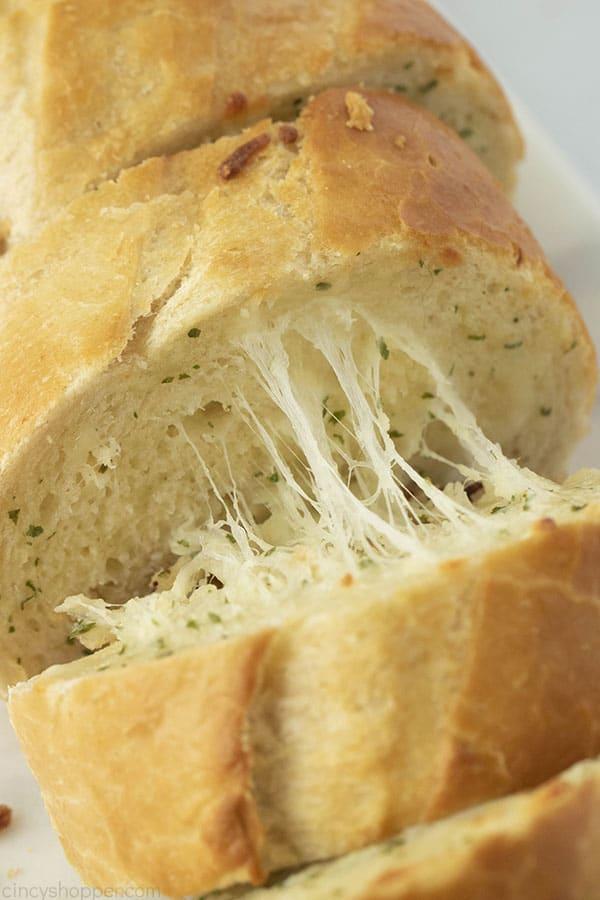 cheesy slices of garlic bread