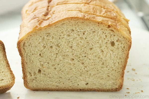 close up image of fluffy white bread