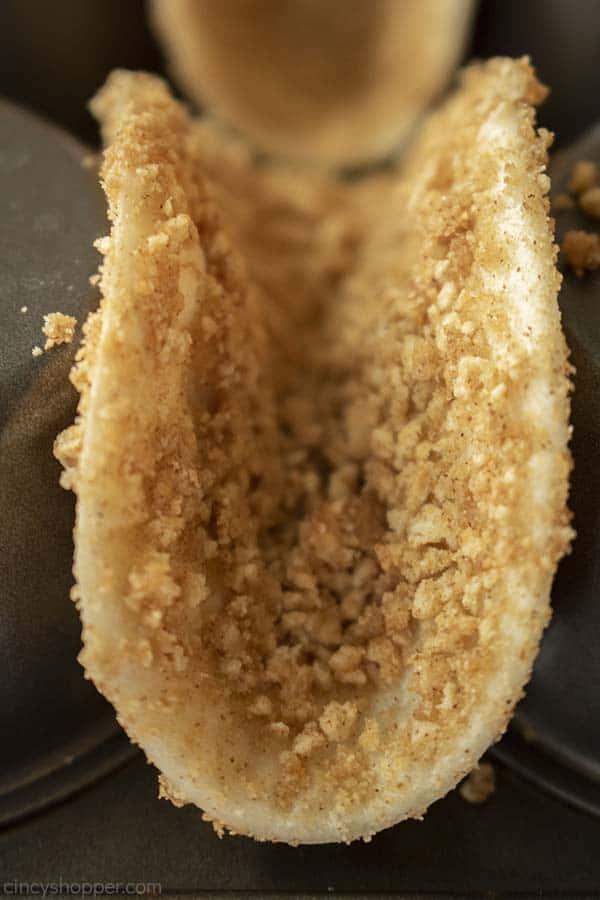 Baked Cinnamon Toast Crunch Taco