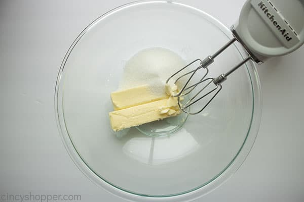 Butter and sugar in bowl