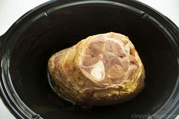 Spiral ham placed in slow cooker