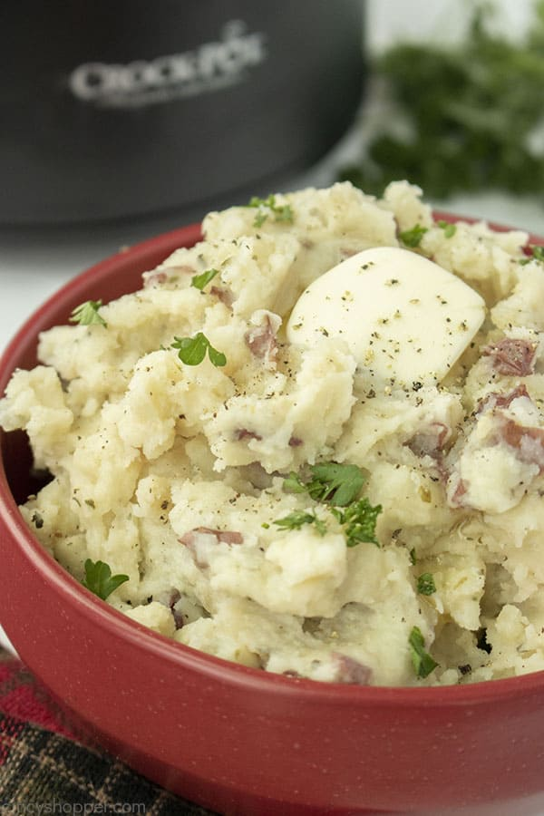 Slow Cooker Mashed Potatoes in a bowl