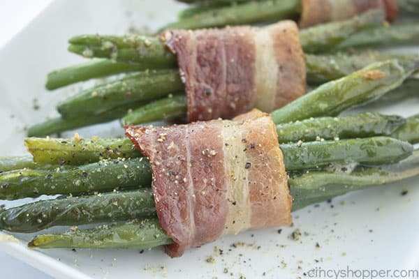 Fully roasted green bean bacon bundles