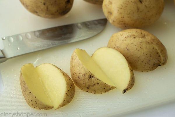 Cutting potato wedges