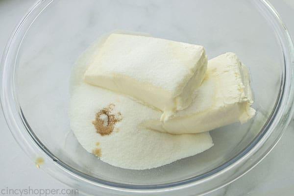Cream Cheese, vanilla and sugar in a bowl