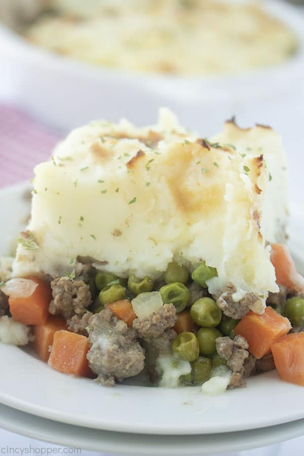 Easy Shepherd's Pie on a plate