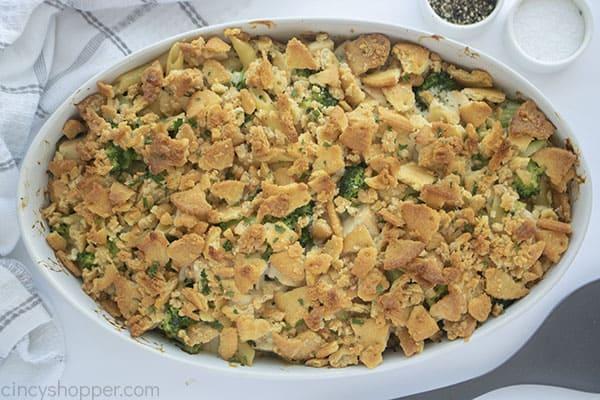 Casserole with Chicken and Broccoli alfredo