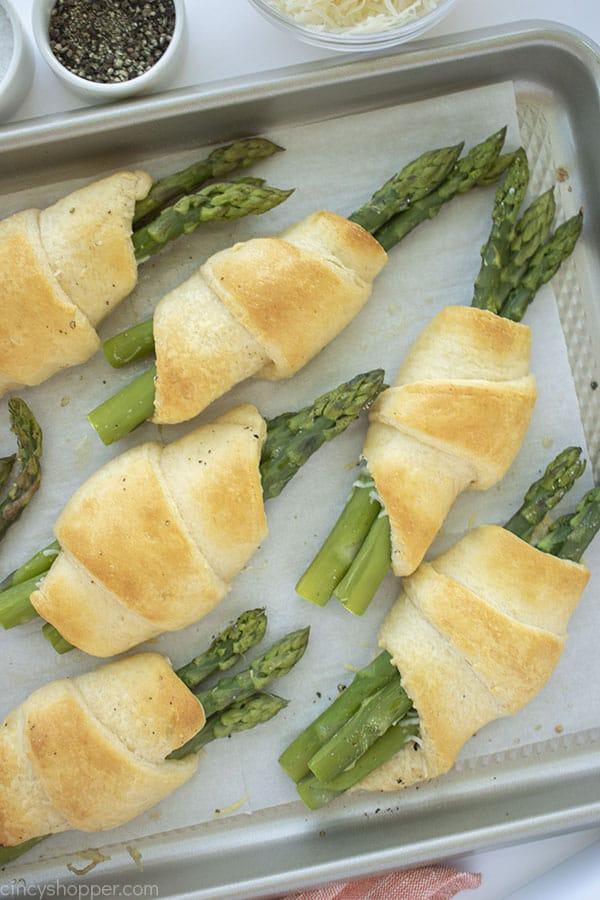Crescent Appetizer Asparagus bundles