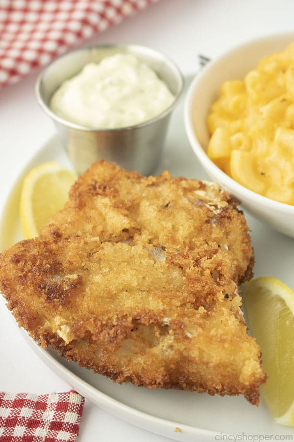 Best fried Fish on a plate