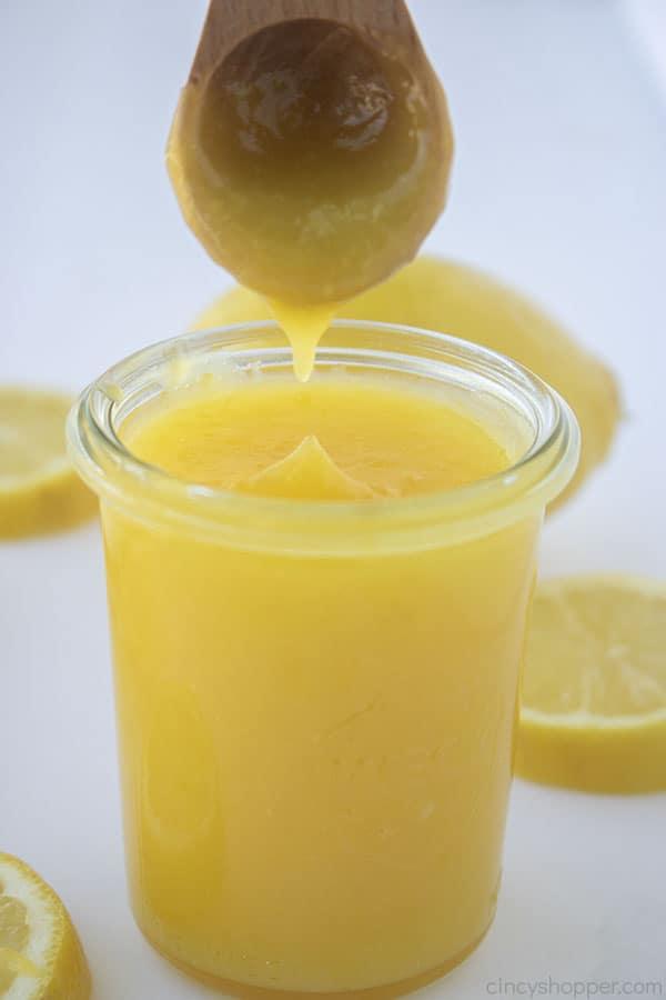 Lemon filling on a spoon