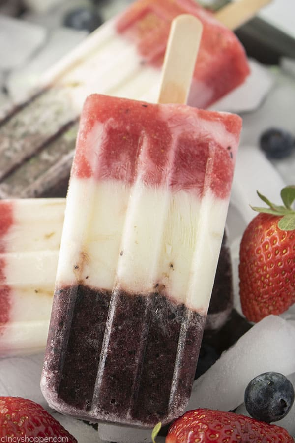 Layered healthy popsicles