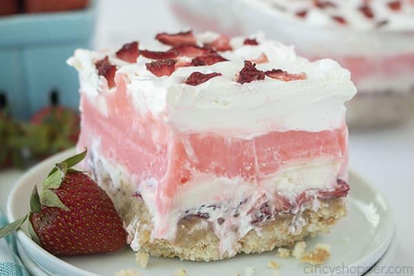 Strawberry Cheesecake pudding dessert