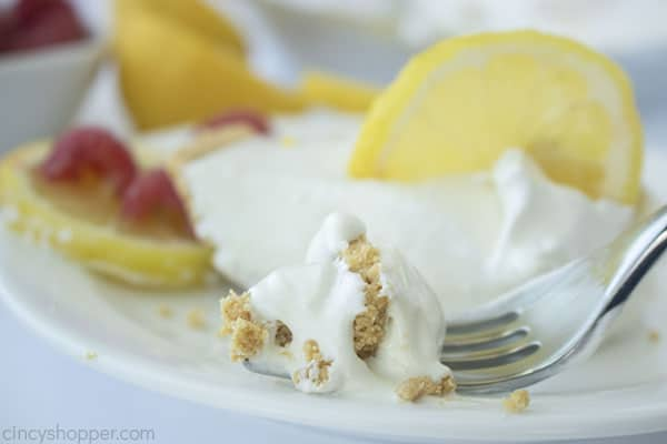 Lemonade pie on a fork