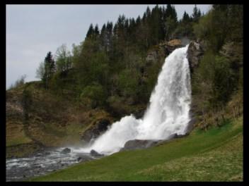 May 2009 - Steinsdalsfossen in Hardanger