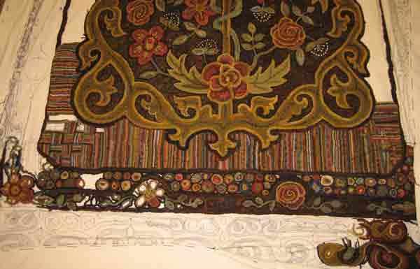 Rug Hooking border on large rug