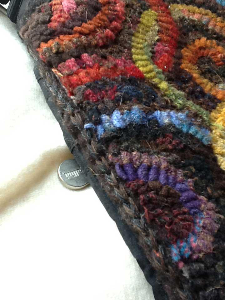 Closeup of chain stitch edge on hooked purse