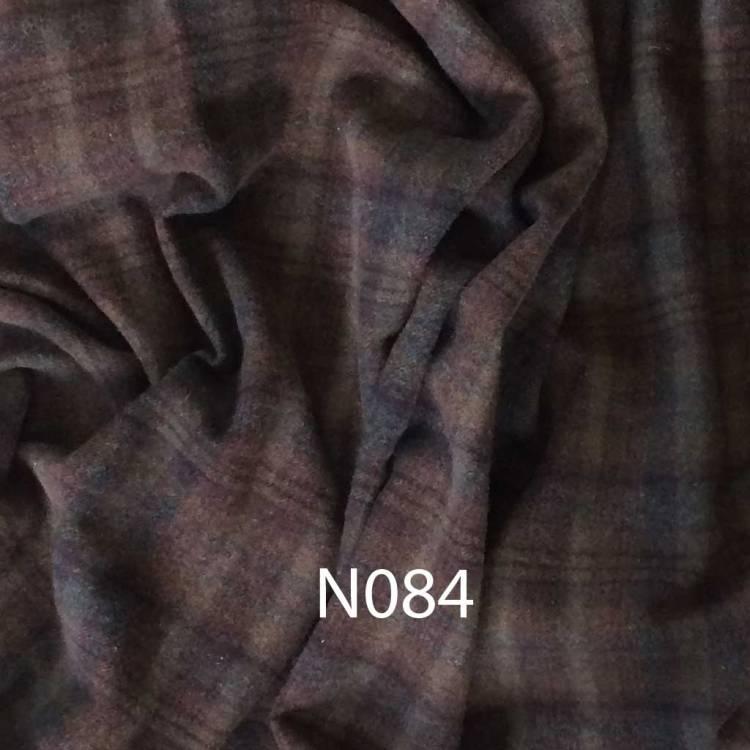 N084 rug hooking wool