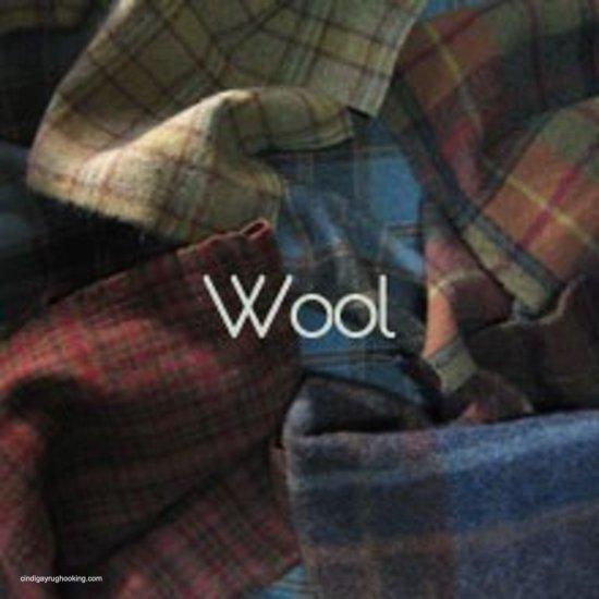 Rug hooking wool for sale
