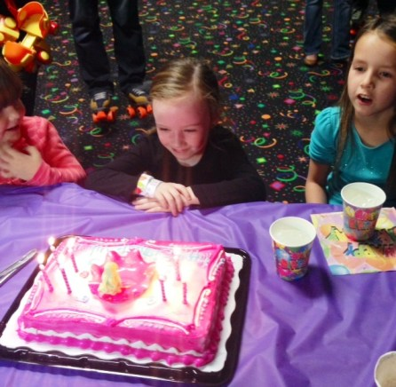 Aubreys birthday party cake