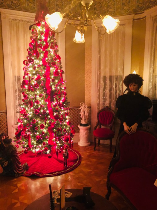 Christmas Tour at the Elijah Thomas Webb House