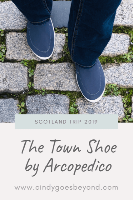 The Town Shoe by Arcopedico title meme