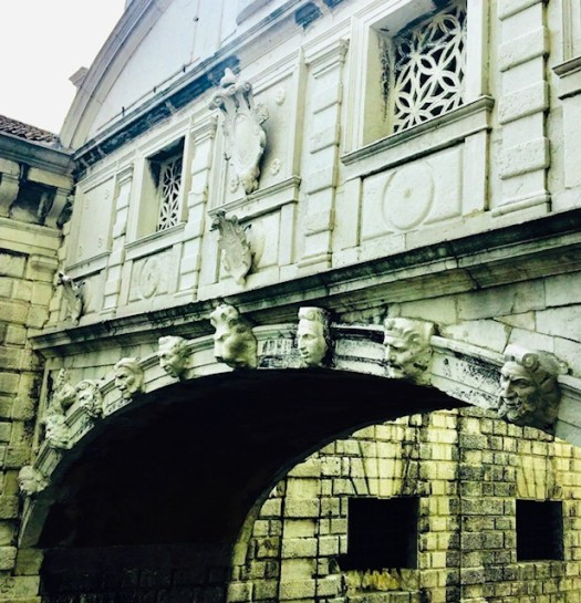 Lions of Venice bridge of sighs