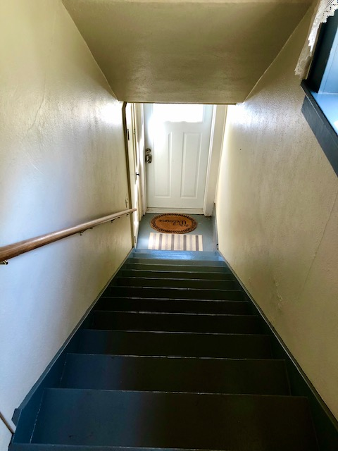 Overnight at the Bonnie and Clyde Hideout stairs