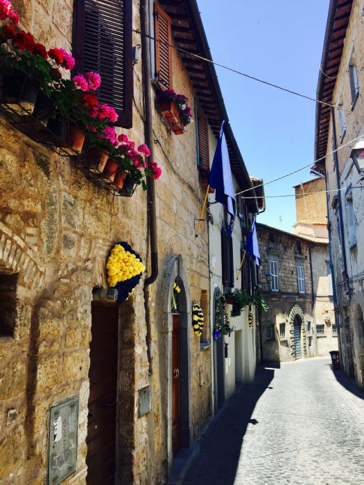 Travel Quotes for the Wanderer street in Italy