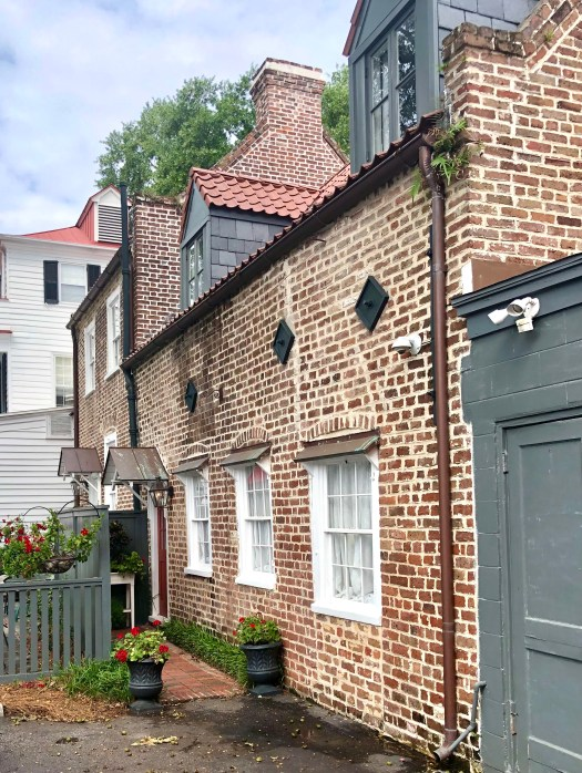 Historic Sites to See in Charleston earthquake bolts