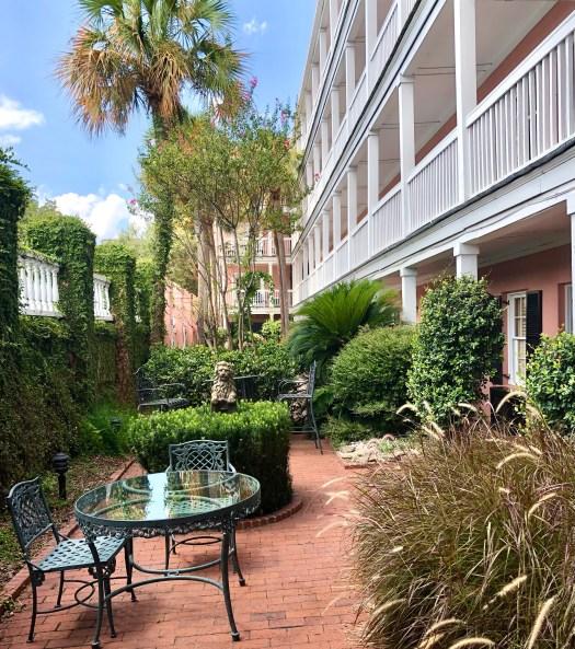 Meeting Street Inn courtyard 3