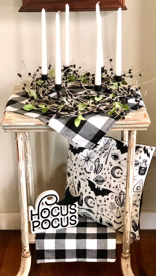 Treats for Halloween from Decocrated hocus pocus