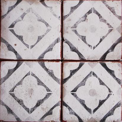 - I'm Smitten…Tabarka Tile - Cindy Hattersley Design
