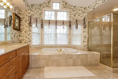 034-Master_Bathroom-1555722-mls