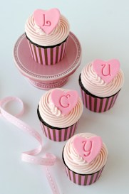 Pink-baby-cupcakes